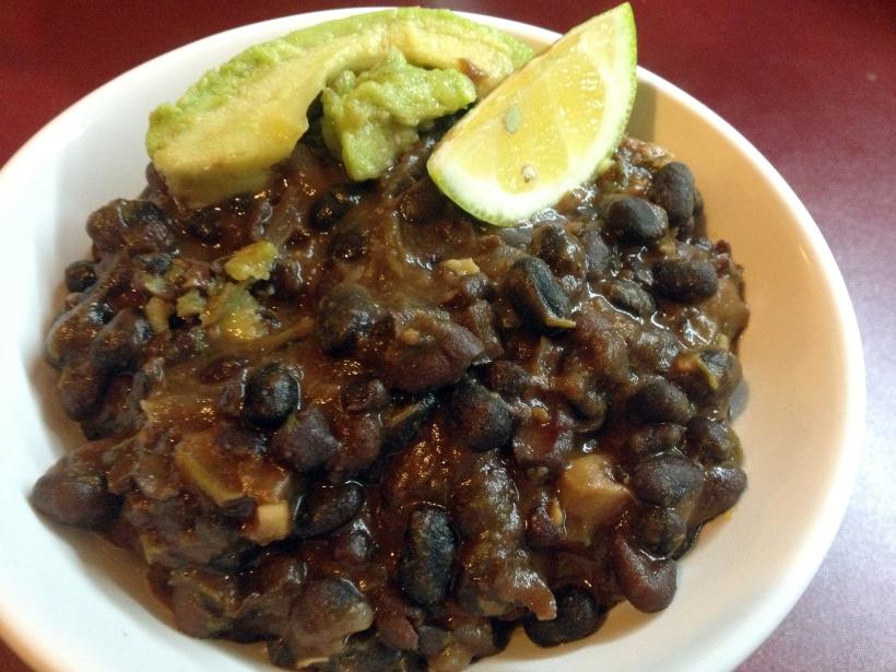 Oh, wie yummi: Schwarze Bohnen mit Limette und Koriander